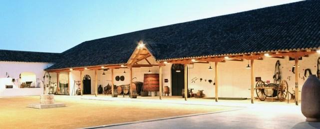 Patio del Museo del Vino