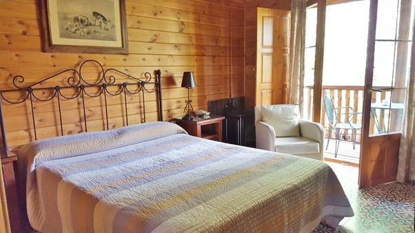 hotel_albamanjon_habitacion2