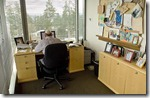 ceo desk Steve Ballmer, Microsoft - unpocogeek.com