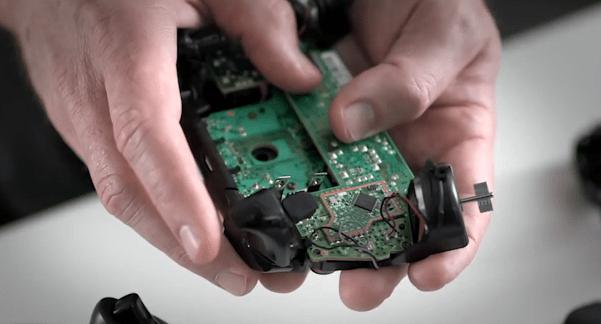 inside of a xbox one joystick - unpocogeek.com
