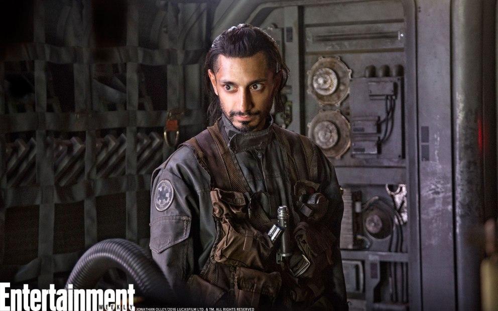 Riz Ahmed como el piloto rebelde Bodhi Rook