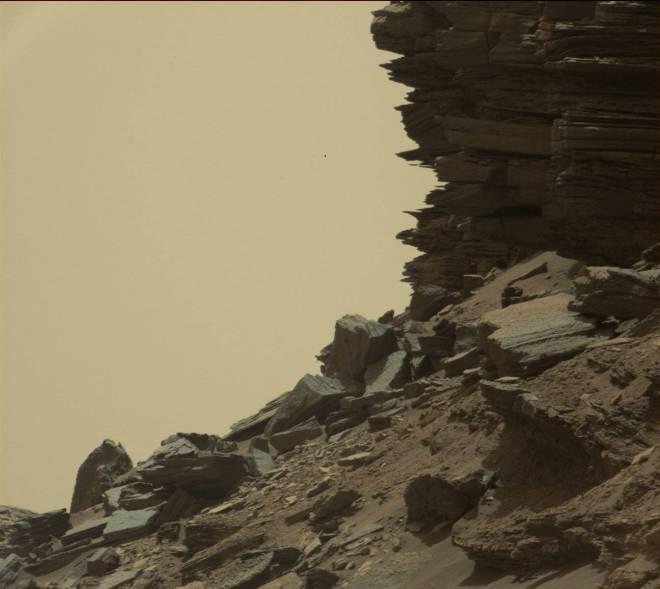 mars-curiosity-rover-msl-rock-layers-pia21045-full_unpocogeek-com