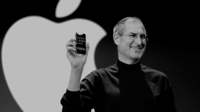 iPhone, primer lanzamiento con Steve Jobs