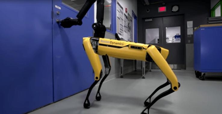 El robot que abre puertas…