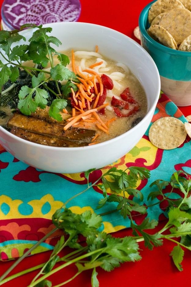 Oil-free Garlic-Miso Bomb Noodle Soup by Unrefined Vegan