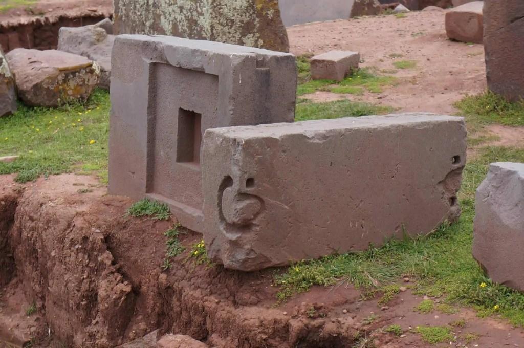 Puma Punku, Tiwanaku, jointures metallique