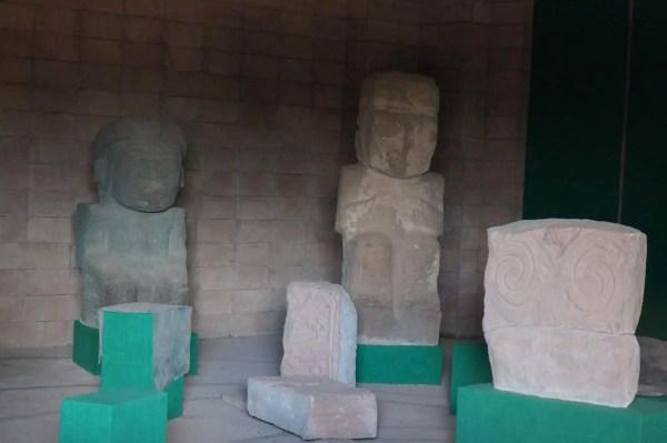 Tiahuanaco, musée, stèles, monolithes, Bolivie