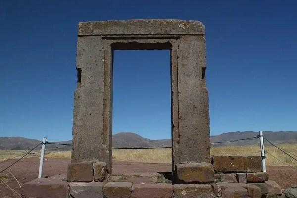 Tiwanaku, Porte de l'Etoile