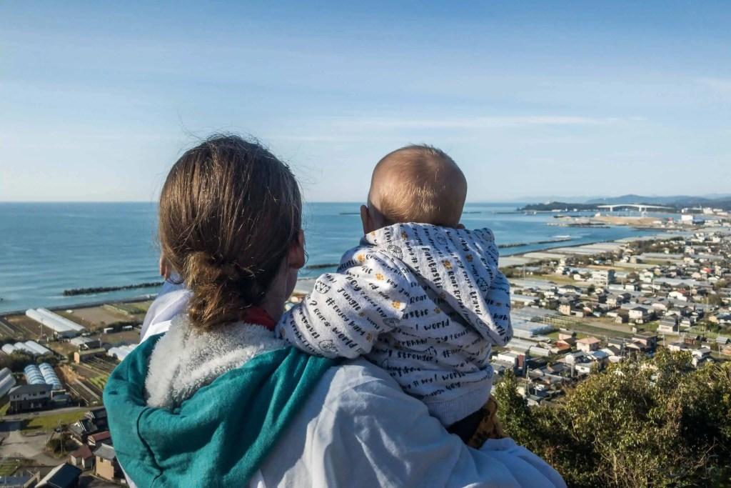 Shikoku, pèlerinage, pèlerin, famille, bébé, Japon, voyage, temple, 32, temple 32, vue, mer, océan, maman, Amandine, voyageuse