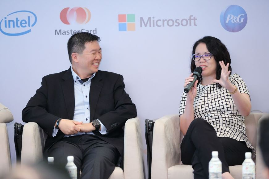 Audrey Kuah, Managing Director of Dentsu Aegis Network Global Data Innovation Centre at the media launch of IEX (via U Future Leaders Programme, NTUC)