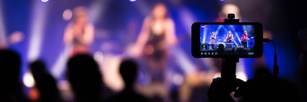 5 Reasons Your Church Should Do More Facebook Live Videos (And 16 Tips for Doing Them Well)