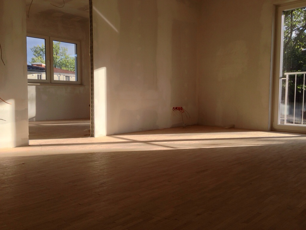 parkett maler viele andere baustellen hausbau in. Black Bedroom Furniture Sets. Home Design Ideas
