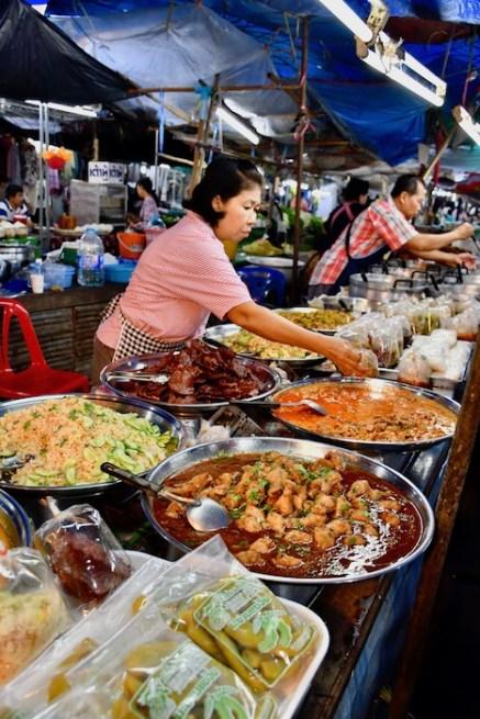 Marktfrau in Nan