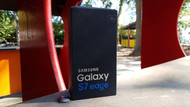 161101-samsung-galaxy-s7-edge_44