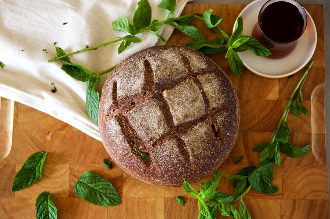 naneli ekşi maya tam buğday ekmek