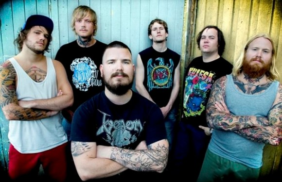 Kvelertak sign with Roadrunner Records.