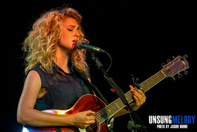 Tori Kelly-Exit-In-2013-12