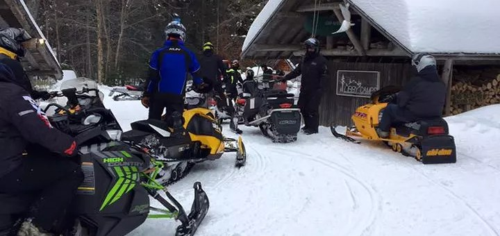 Places to Stay when Snowmobiling in Maine 2017-2018 Season