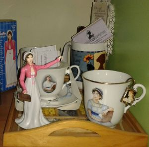 jane-austen-action-figure_at-home (4) b