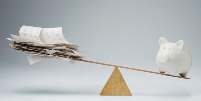 Versicherung versus Geld: Garantien für Steuerrisiken werden immer öfter im Vorfeld über W&I-Versicherungen abgewickelt.