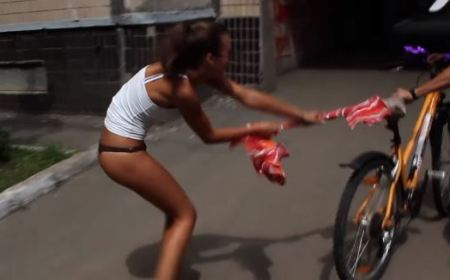 Stripping Cyclist! Prank