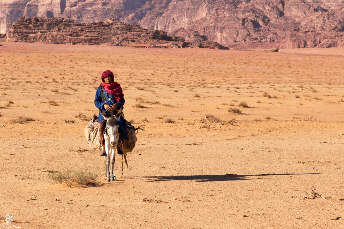 Wadi Rum: donna beduina