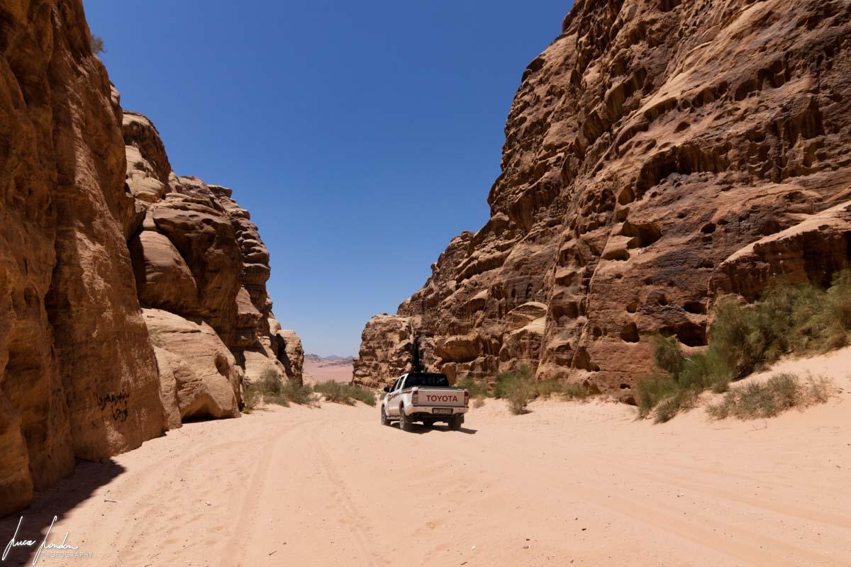 Wadi Rum: jeep nel deserto