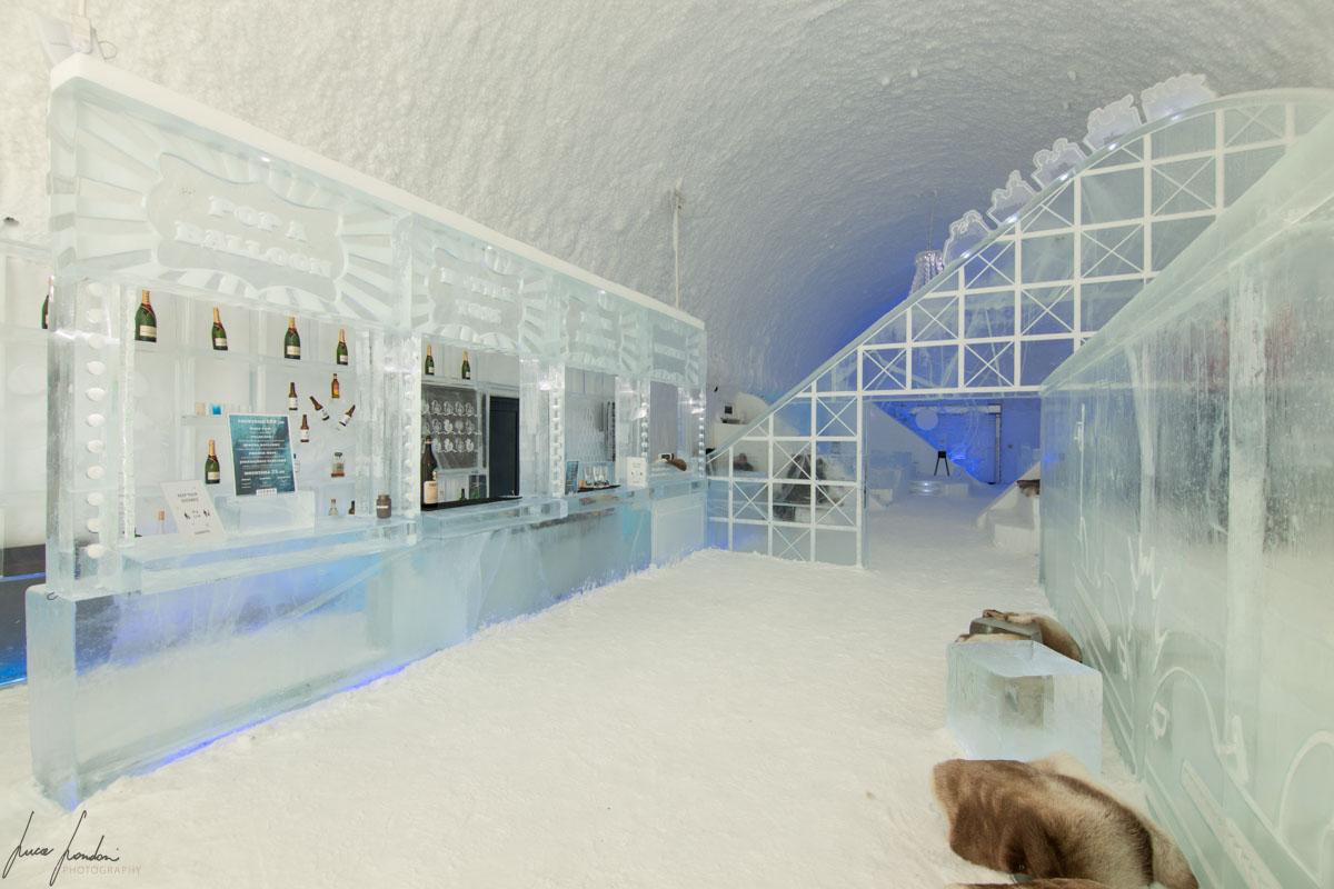 Icehotel di Jukkasjarvi: IceBar