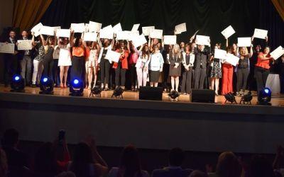 Recibieron sus diplomas 37 egresados de tres escuelas
