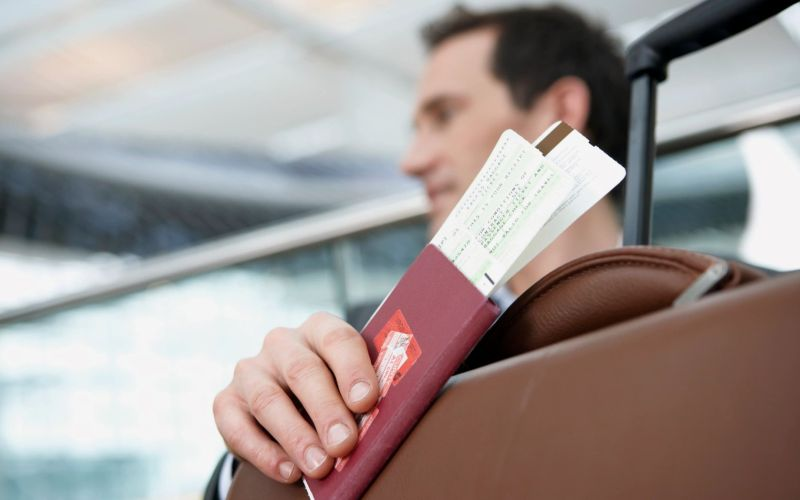 Tricks to find the best rates for internet flight tickets