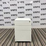 UOFC-White-metal-Pedestal-1