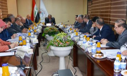 وزير التعليم العالي والبحث العلمي يترأس إجتماعاً للكادر المتقدم للوزارة