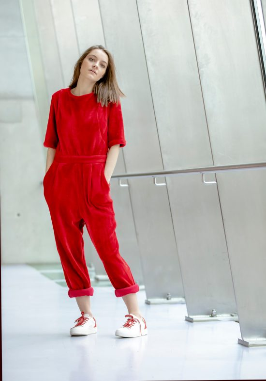 Victoria Jumpsuit disponible uniquement sur Up & Down Hill eshop 100% belge de prêt-à-porter
