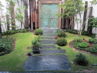 Garden Walkway Ideas | Upcycle Art