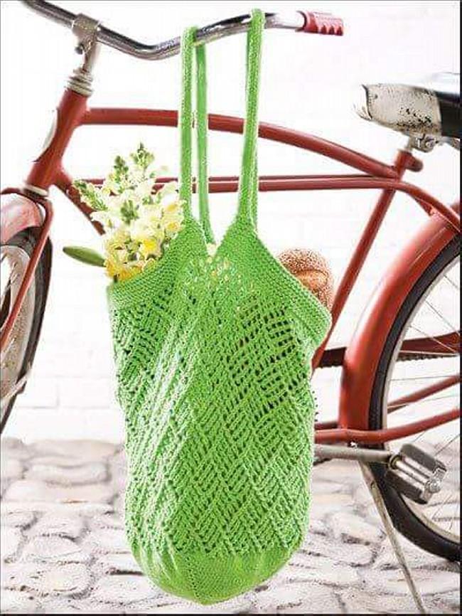 DIY Crochet Hang Bag Pattern