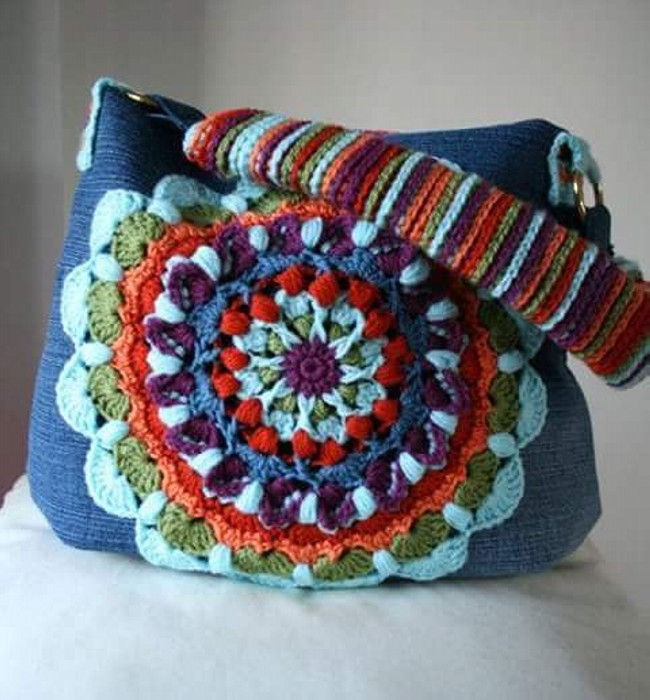 Easy Crochet Hand Bag Pattern
