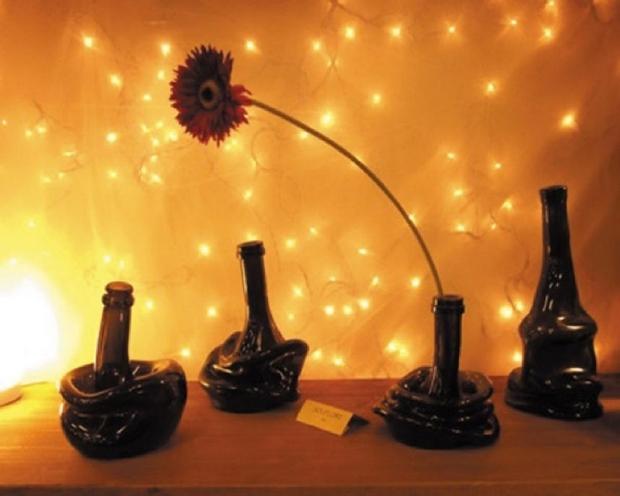 reutilizar las botellas de vidrio-Flor-mesa-ideas-Upcycling-creativa-derretido-florero
