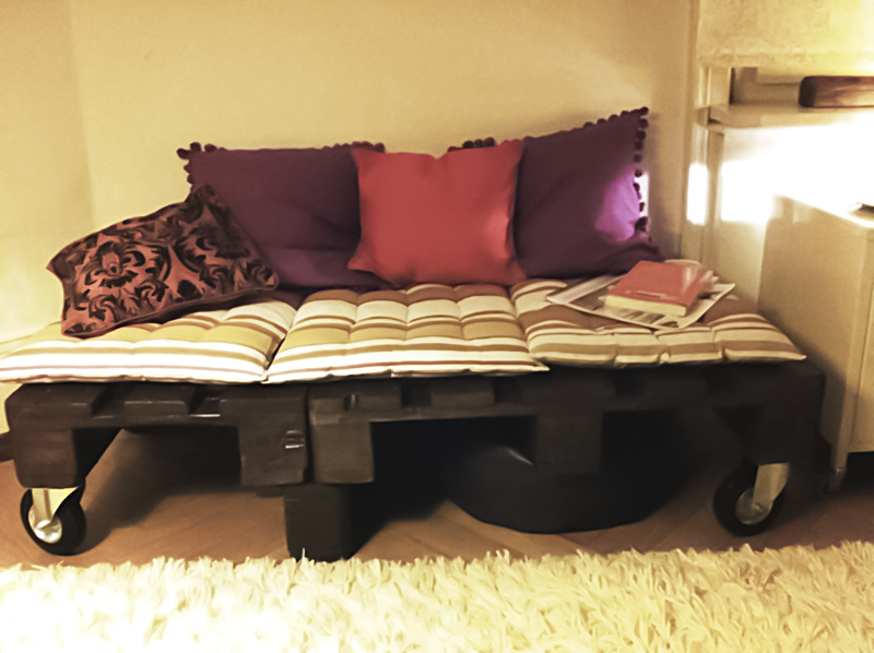 daybed sofa cover carlyle new york city 20 brilliant wooden pallet bed frame ideas for your house