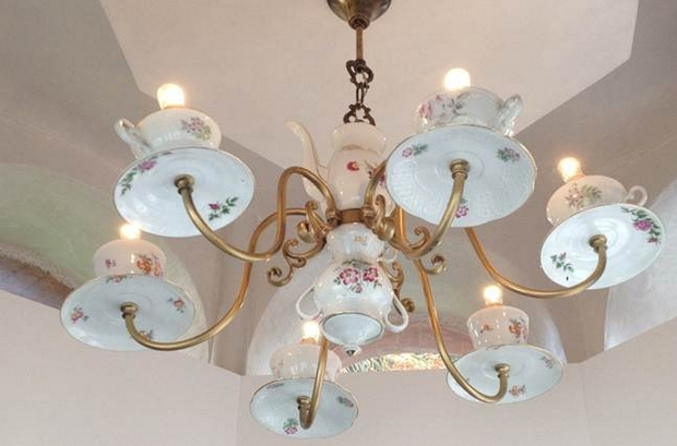 reutilizar viejas tazas de té de porcelana ideas de araña de bricolaje creativa