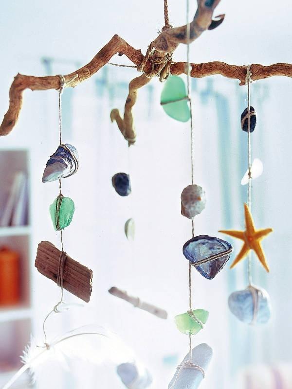 proyecto de verano artesanías carillón cristales de mar estrellas de mar de viento con piedras conchas marinas y corales ideas decorativas