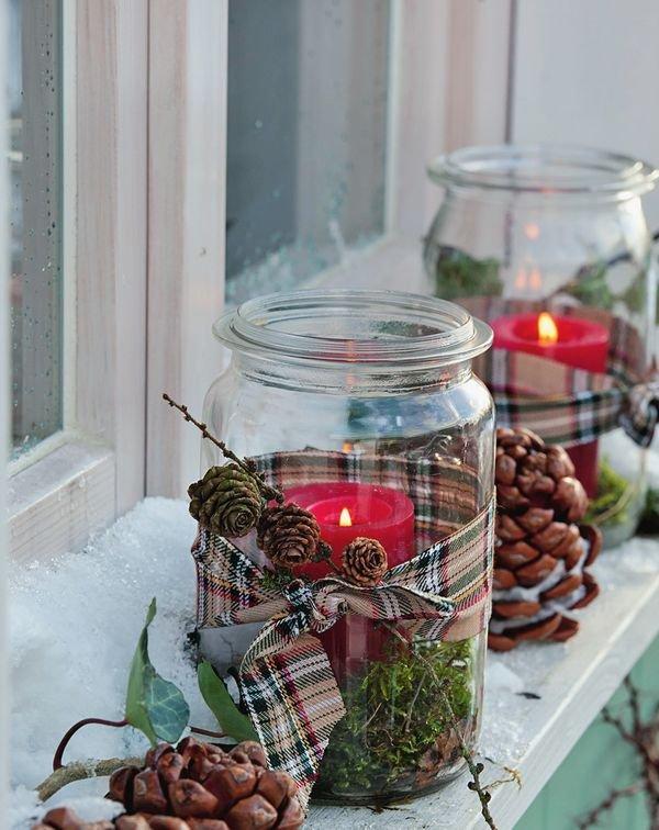 tarros de cristal artesanía de Navidad al aire libre luminarias piñas cintas ideas de decoración