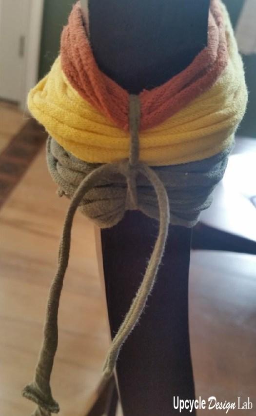 T-shirt yarn snake
