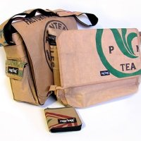 Fashionable bags made from plastic and big tea sacks by Ragbag