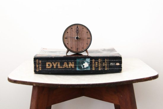 Suit-Case Workshop - Upcycled Mid Century Modern clock from a tuna can!