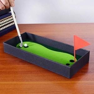 Golf Pen Set with Mini Green Driving Range Golf Club Pens Balls and Flag
