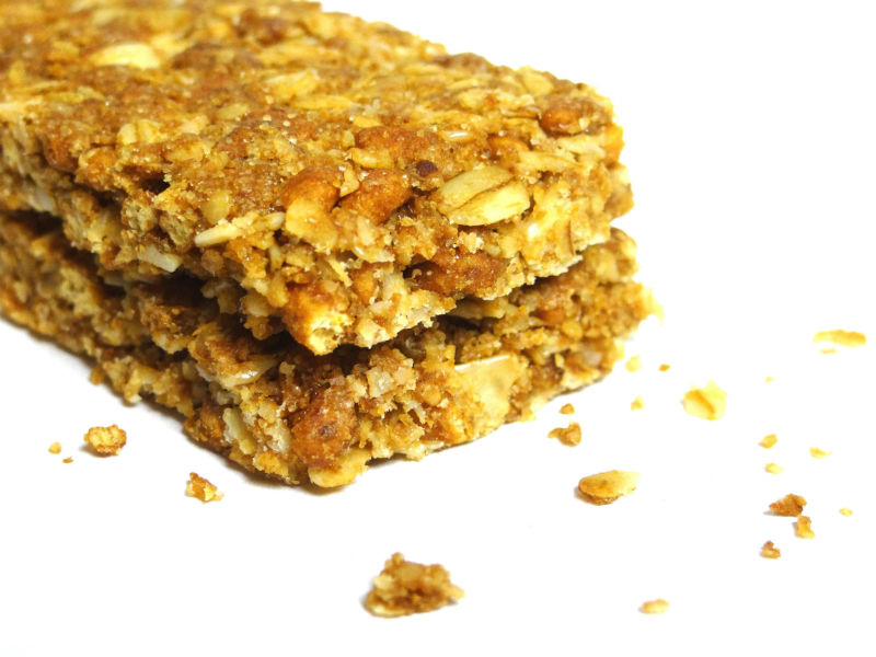 a regular granola bar