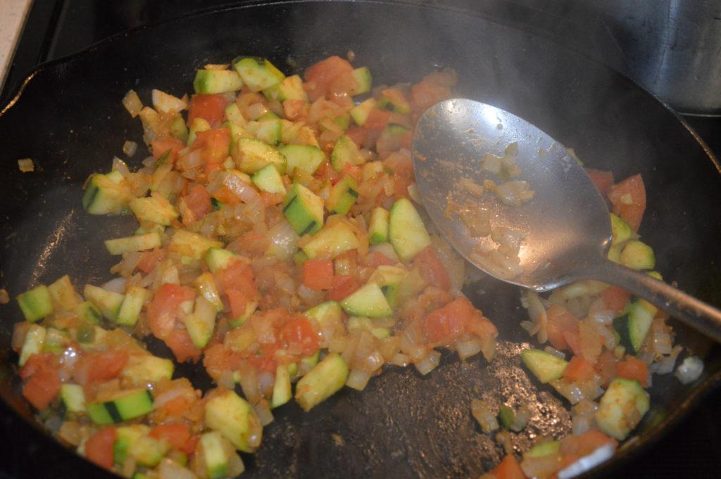 Add chopped tomatoes - Banza pasta