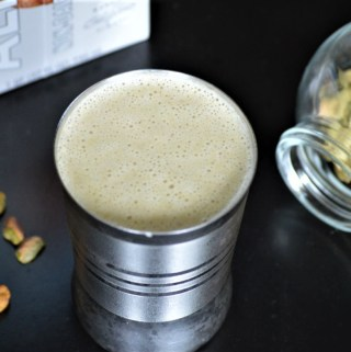 Healthy Pista kulfi smoothie