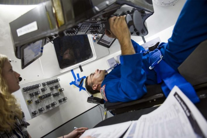 (c) Boeing/NASA