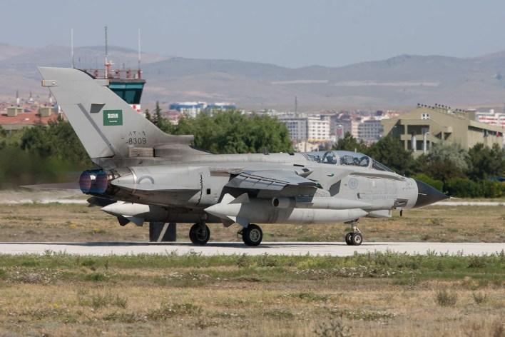 Een Tornado IDS van de Saoedische luchtmacht © Paul Mali